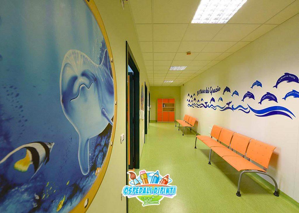 sala_ricovero_degenza_corridoio_murales_ospedali_dipinti